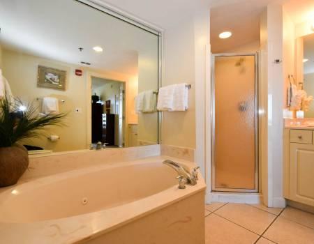 Sterling Shores 417 - BEFORE Master Bathroom