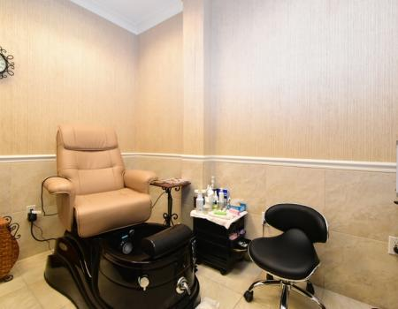 Silver Shells Spa Pedicure Salon